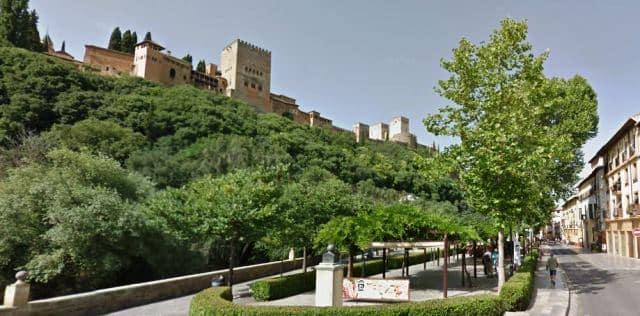 📍👉 6 Curiosidades del Paseo de los Tristes en Granada
